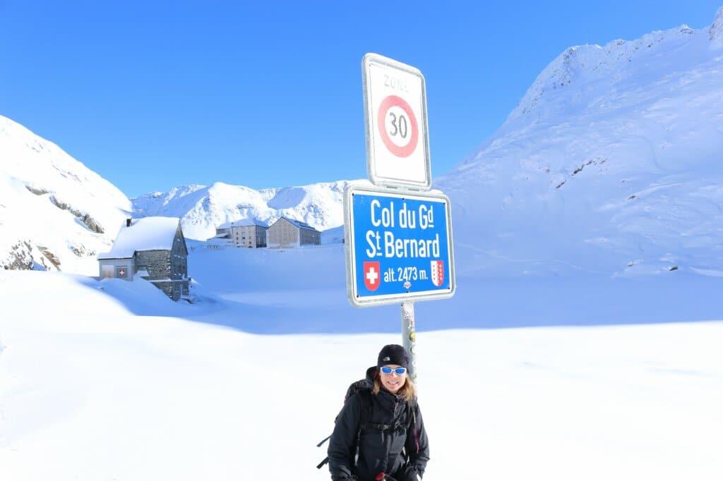 grand-saint-bernard-hiver
