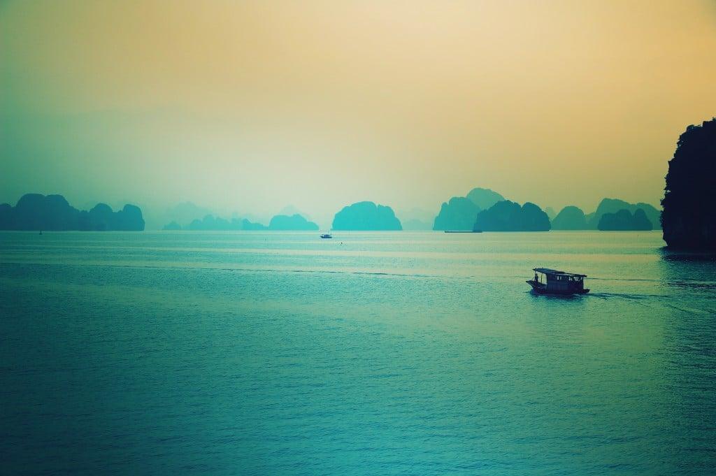 Nord Vietnam Baie Along
