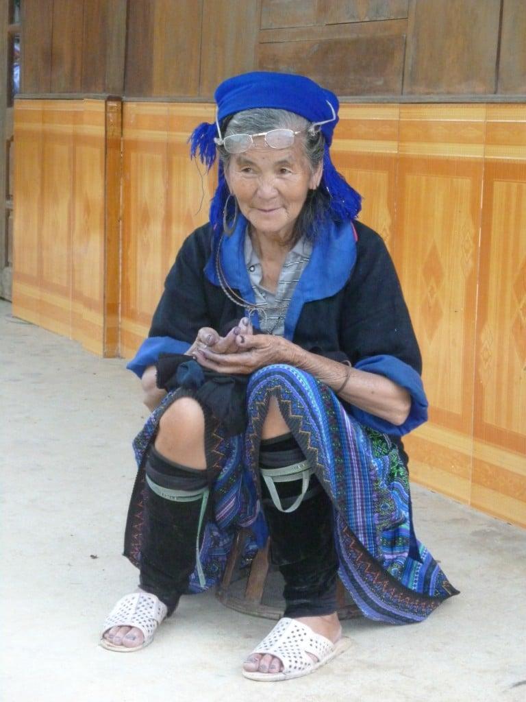 vietnam-hmong-bleue