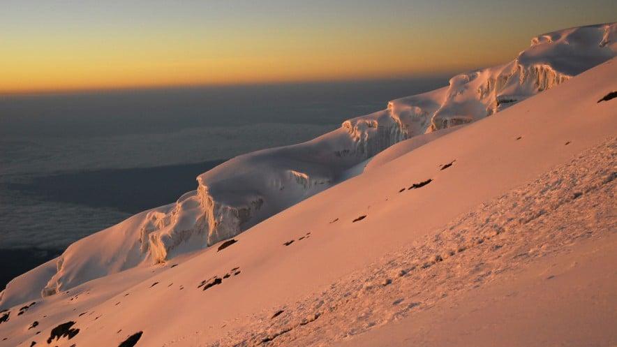 ascension du kilimandjaro lever soleil