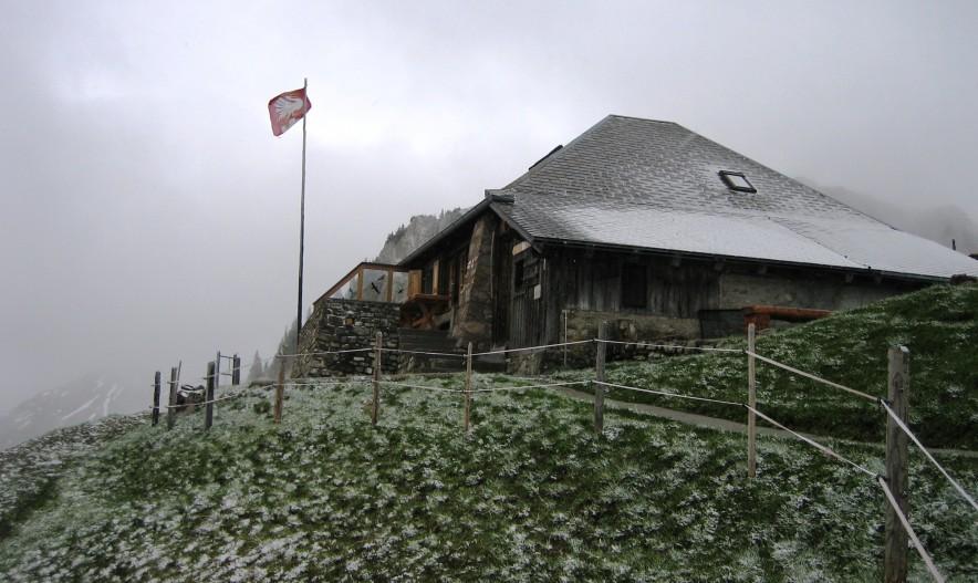 gastlosen cabane grubenberg