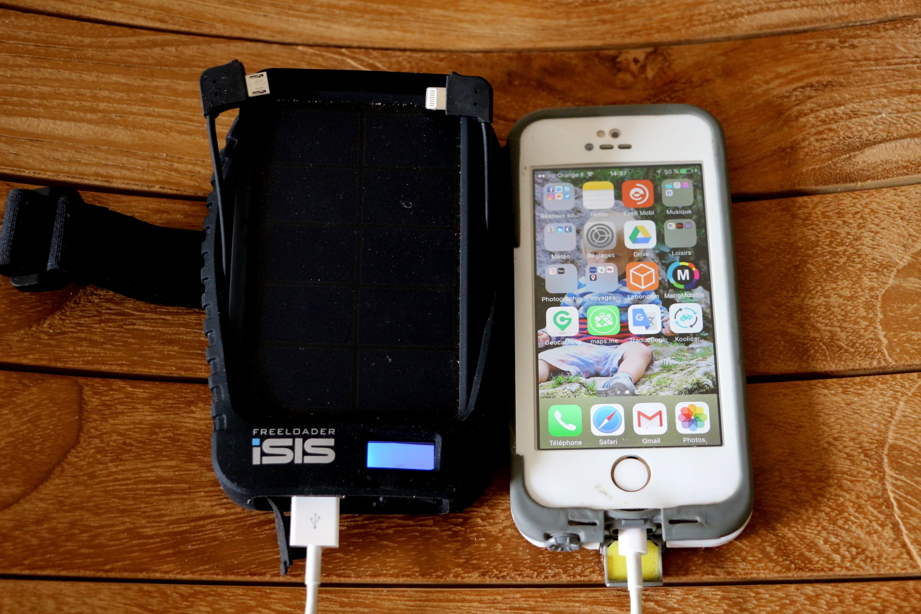 chargeur solaire globetrotter isis