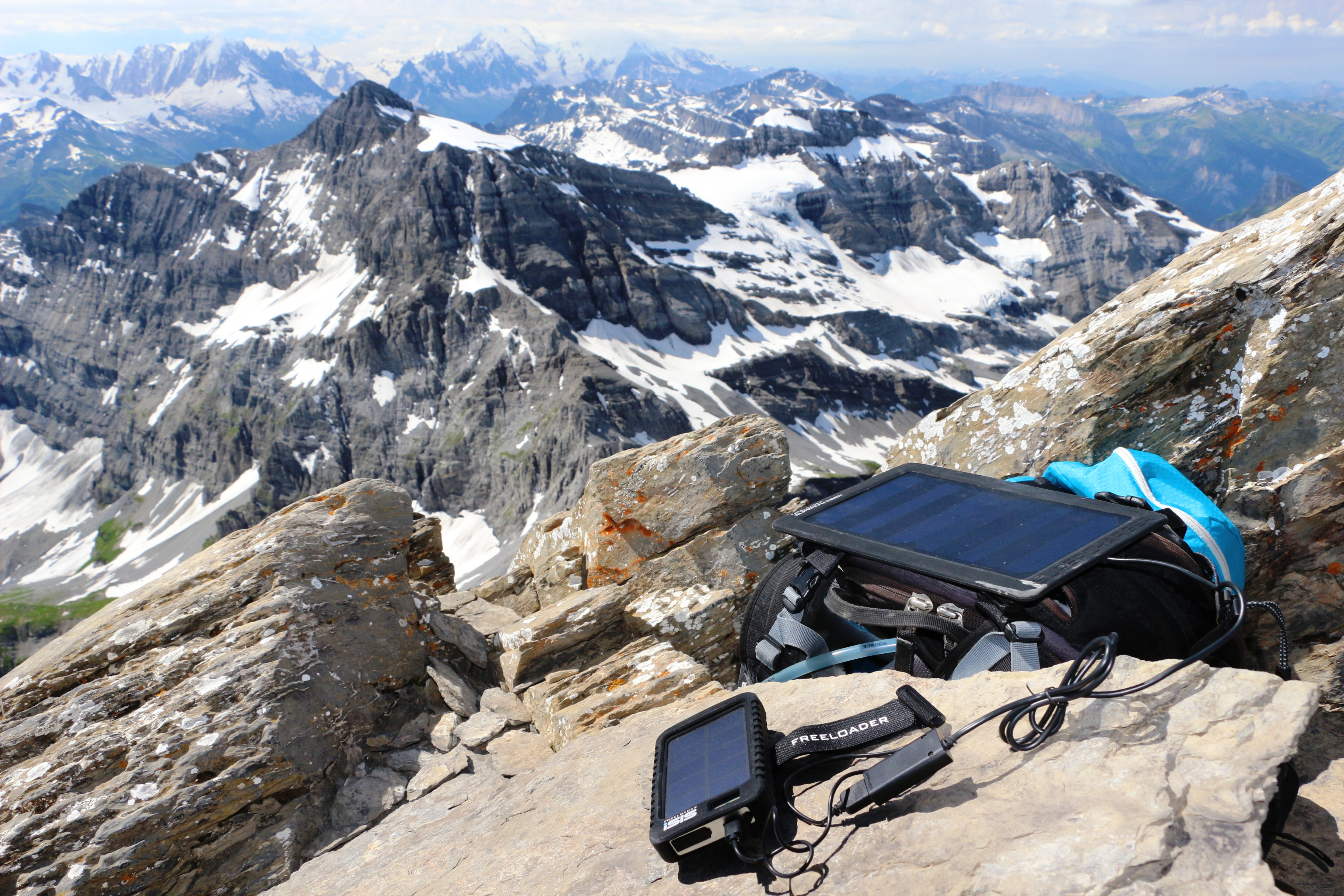 chargeur solaire globetrotter trekking