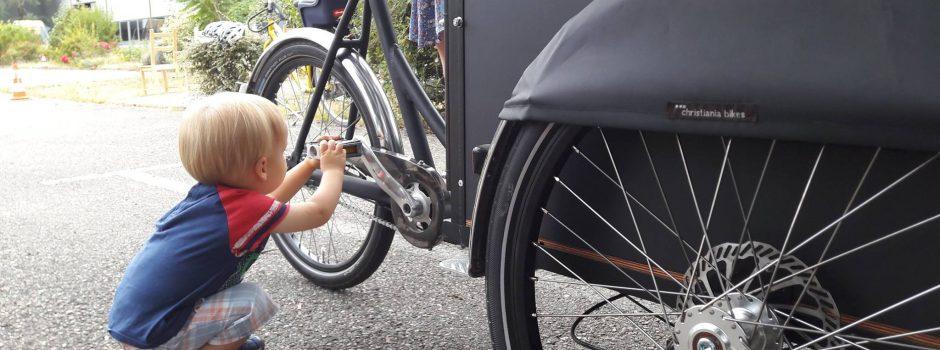 Vélos-cargos, siège-bébé ou remorque ? Défi Sans Ma Voiture (étape 1)