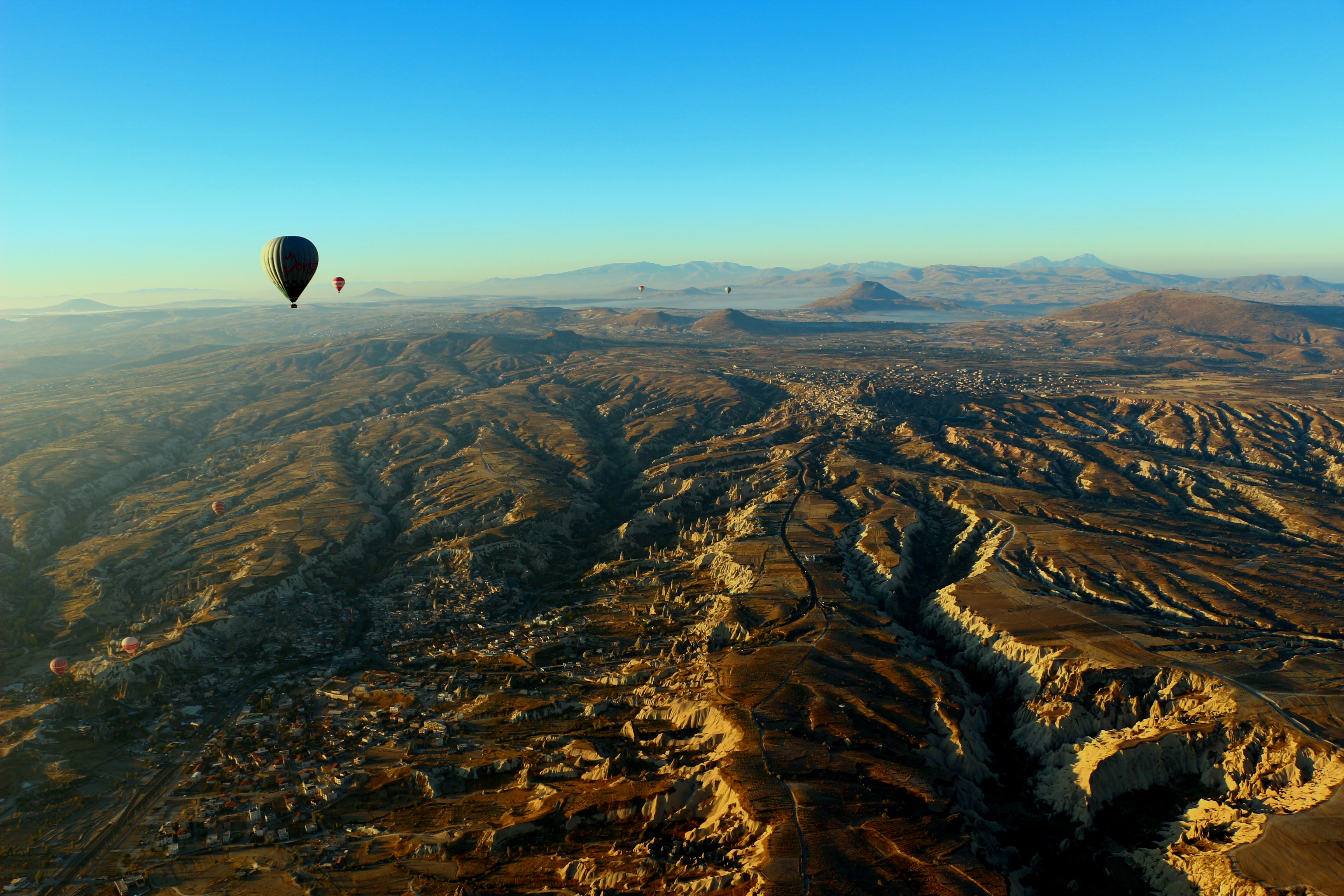 montgolfiere en cappadoce paysage