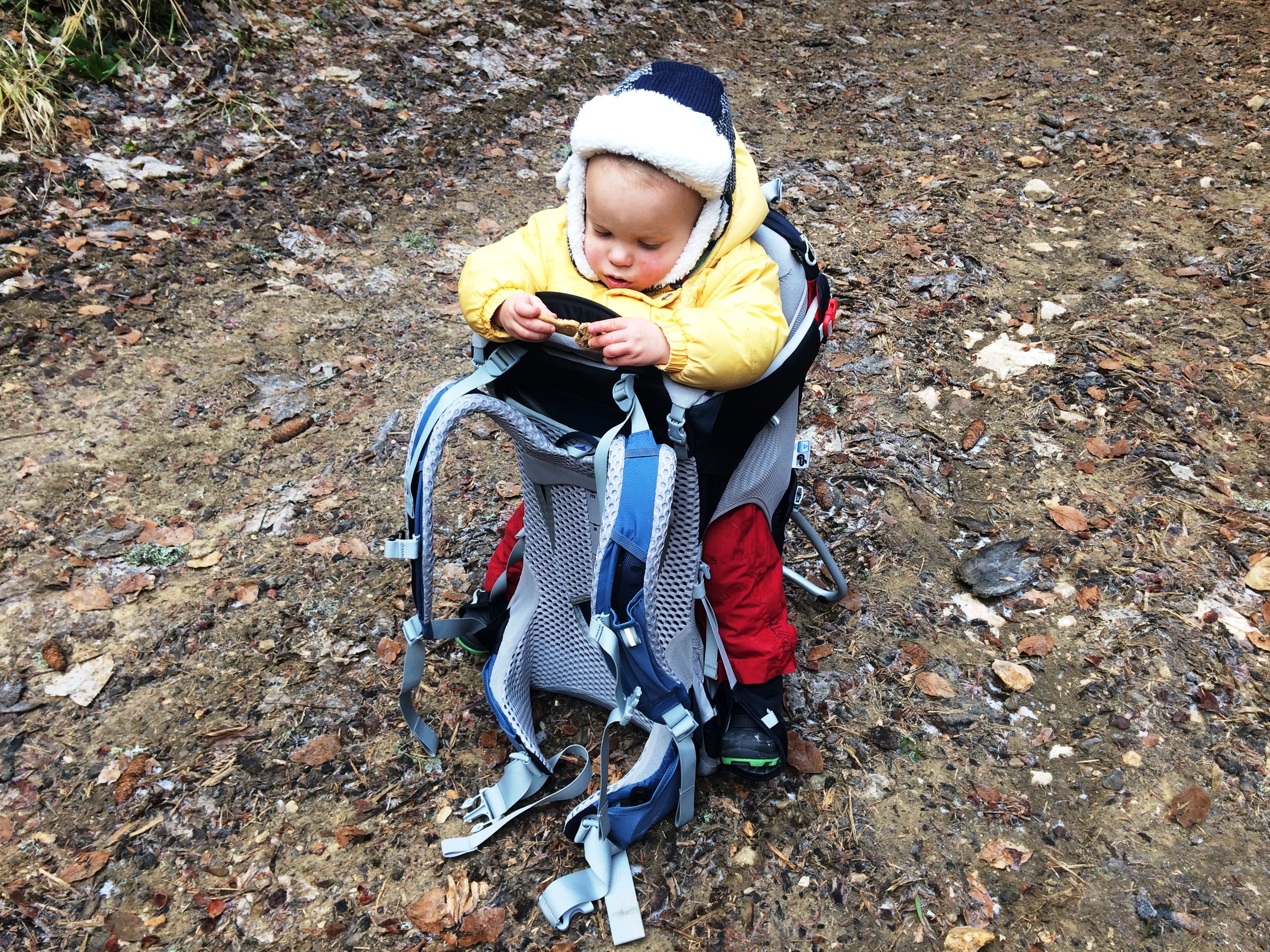porte-bebe de randonnee stabilite
