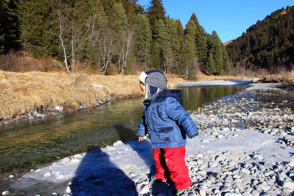 vacances neige avec bebe riviere