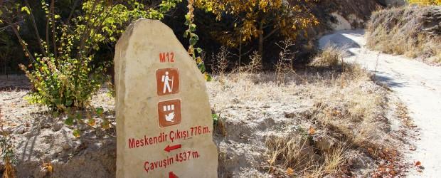 Randonnée en Cappadoce : entre cheminées de fées et villages troglodytes