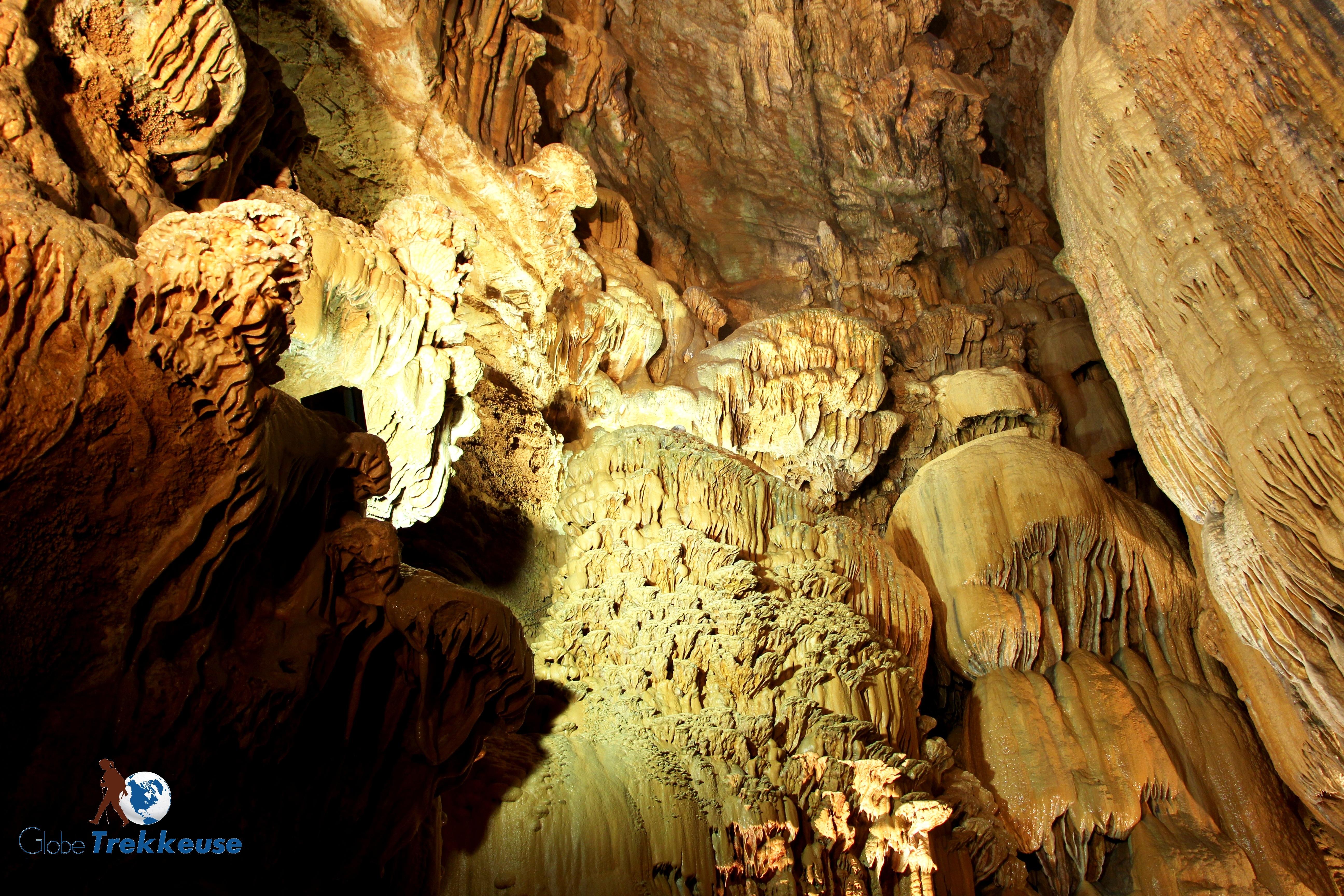 Gouffre de Padirac stalactites