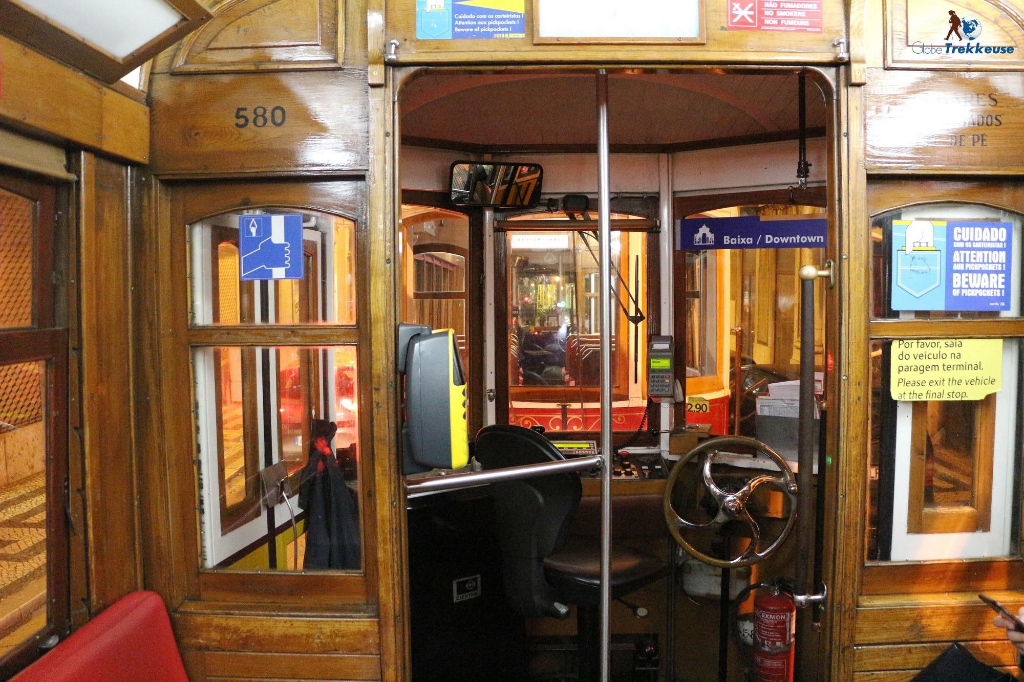 3 jours Lisbonne tram interieur