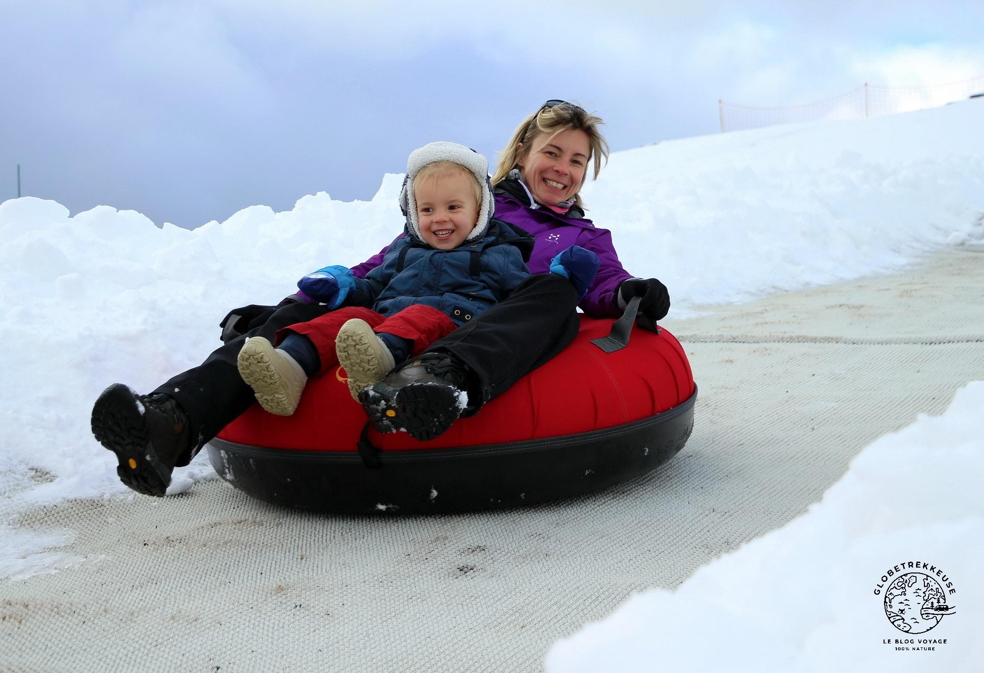 jura en famille hiver snowtubing