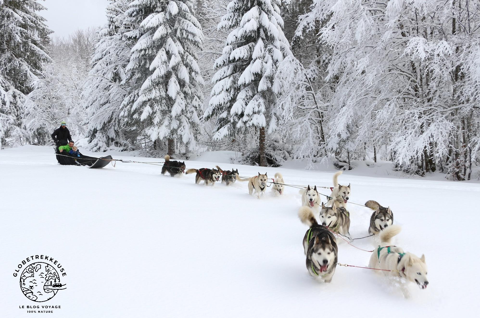 jura en famille hiver traineaux