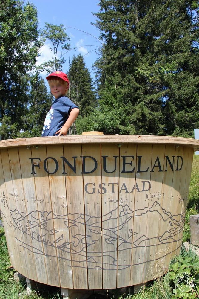 que faire a gstaad suisse famille fondue