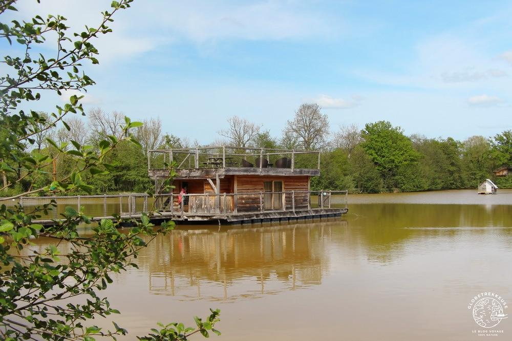sejour insolite france dombes cabane flottante