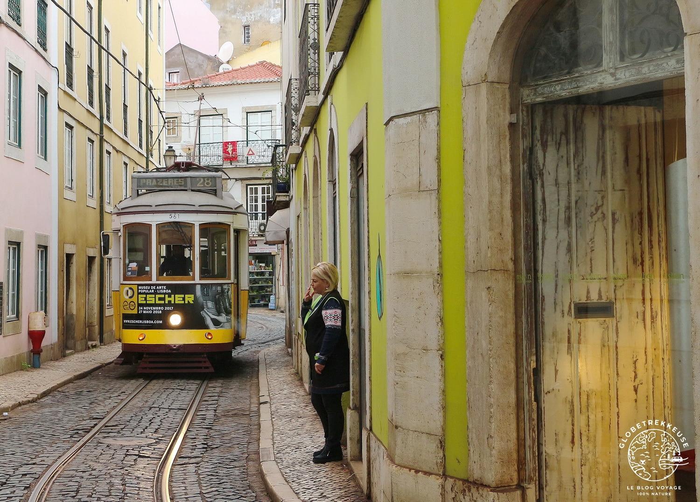 vivre a lisbonne tram28