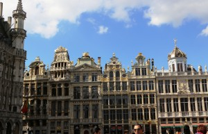 bruxelles-insolite-grandplace-facades