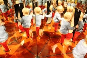 paris-en-famille-cite-des-enfants-miroir