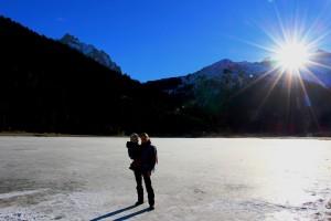 vacances-a-la-neige-bebe-lac-soleil
